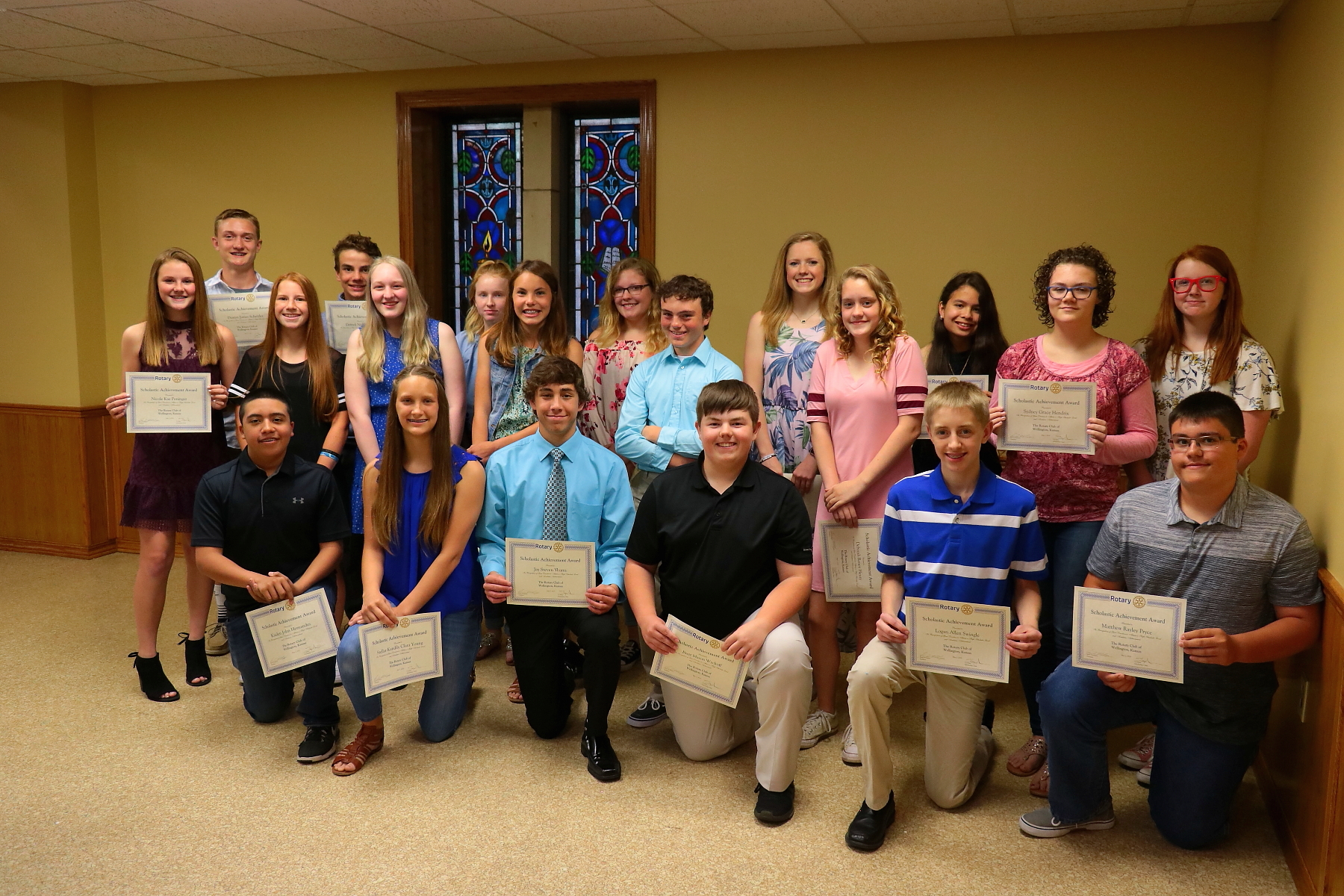 Rotary Honors 8th Graders & Seniors @ Annual Banquet! | www