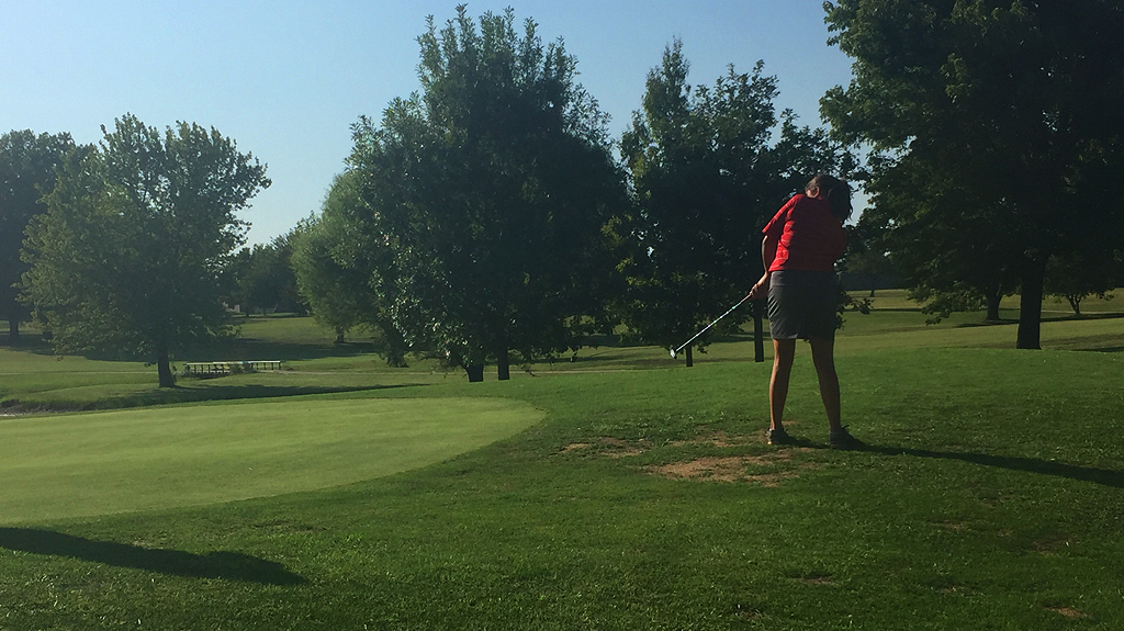 Payton Ginter Putting on Final Hole PR 49