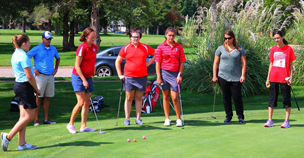 WHS First Girls Golf Team Practice 081617